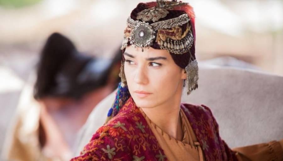 'ارطغرل غازی' کی اداکارہ گوکچے خاتون نے ترکی کا سنیما ایوراڈ جیت لیا