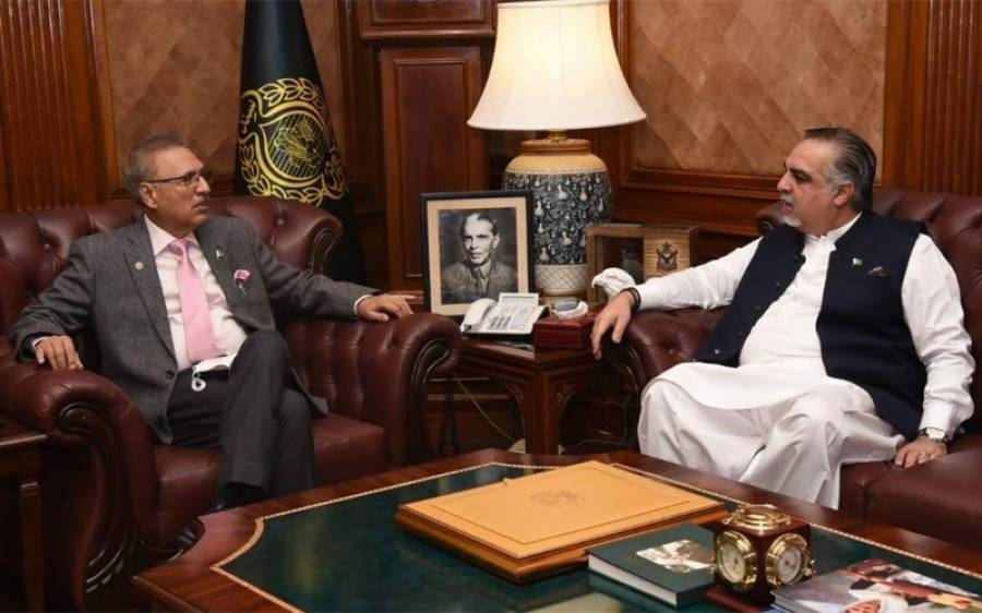 صدرِ مملکت ڈاکٹر عارف علوی سےگورنرسندھ عمران اسماعیل کی ملاقات ، کن امور پر گفتگو ہوئی ؟ تفصیلات آگئیں