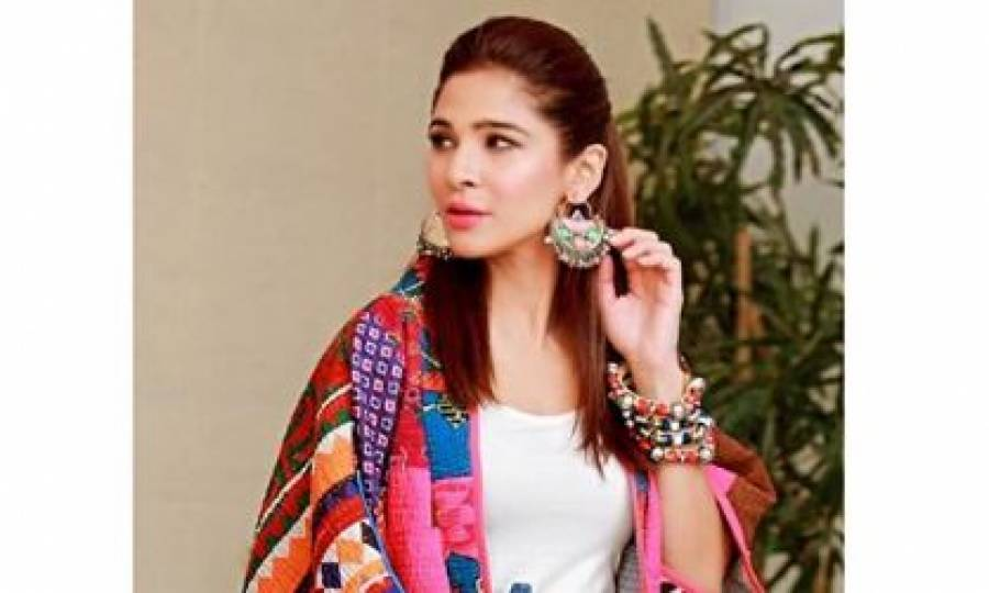 شادی کے بارے میں سوال پر اداکارہ عائشہ عمر بھی بول پڑیں