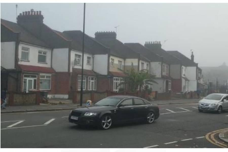 انگلینڈ میں چار ہفتوں کیلئے لاک ڈائون لیکن سڑکوں کی کیا صورتحال ہے؟ ویڈیو سامنے آگئی