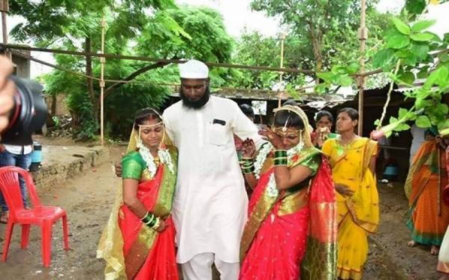 مسلمان شخص نے 2 لاوارث ہندو بہنوں کو گود لیا، پھر ان کی ہندو رسوم و رواج کےمطابق شادی کردی، ہر طرف دھوم مچ گئی