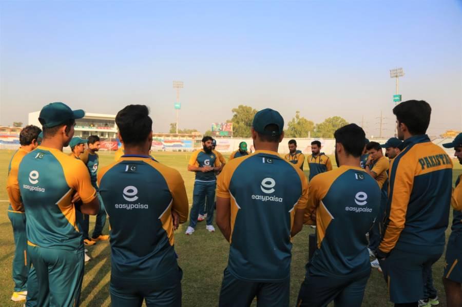 قومی کرکٹ ٹیم پیر کو نیوزی لینڈ روانہ ہو گی