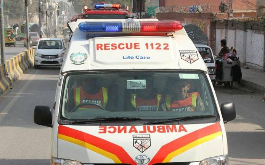 علامہ خادم رضوی کی نماز جنازمیں شرکت کرکے جانے والی گاڑی افسوسناک حادثے کا شکار،اتنے افراد جاں بحق کہ ہر آنکھ اشکبار ہوجائے