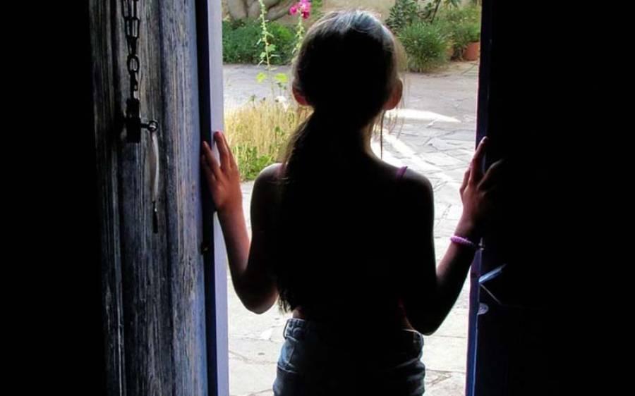 68 سالہ پنڈت کی 10 سالہ بچی سے زیادتی، ایسی خبر آگئی کہ ہر کوئی کانپ اُٹھا