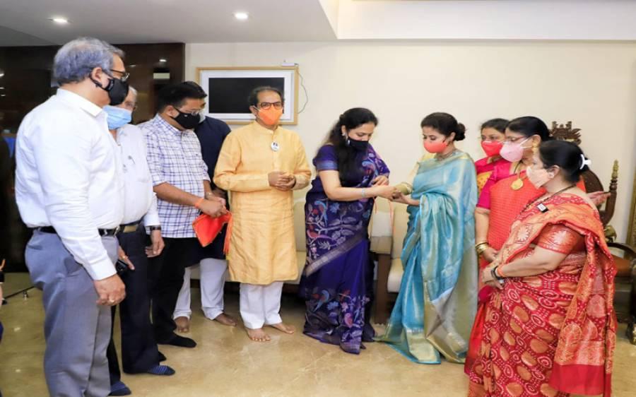 مسلمان بزنس مین سے شادی کرنے والی اداکارہ ارمیلا ماتونڈکر ہندو انتہا پسند تنظیم میں شامل ہوگئیں