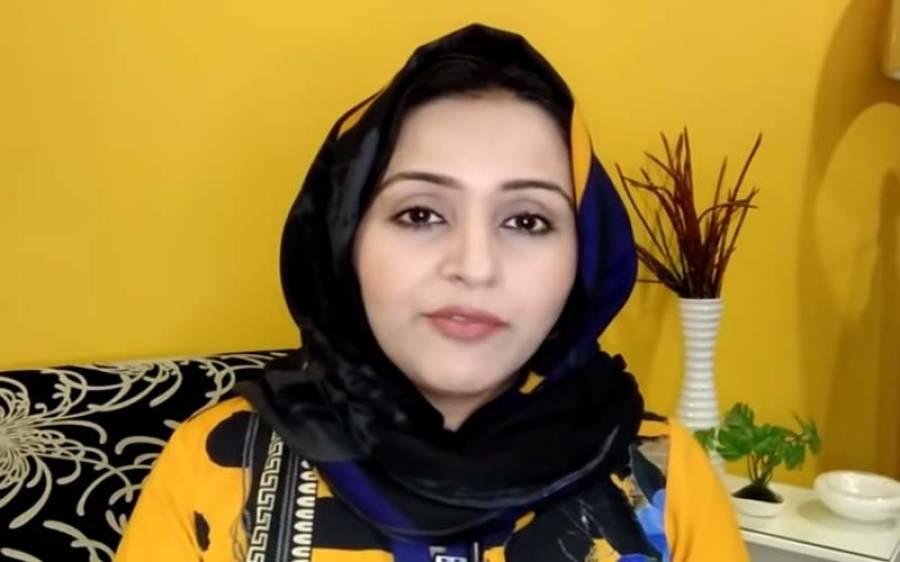 اینکر پرسن مہرین سبطین نے مفتی عبد القوی اور حریم شاہ کے درمیان حالیہ تنازعے کی اندرونی کہانی بتا دی