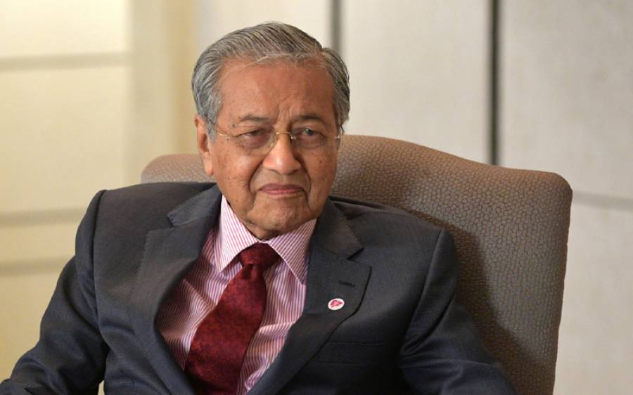 ملائیشیا کے سابق وزیر اعظم مہاترمحمد کی صحت سے متعلق متضاد اطلاعات کے بعد ان کے ذاتی ترجمان کا بیان سامنے آگیا