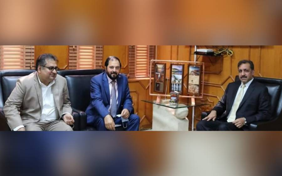 دبئی: سفیر پاکستان افضال محمود سے حاجی خان زمان سرور کی ملاقات