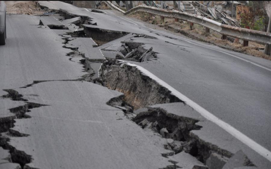 زلزلے کے خوف سے کتنے افراد بیہوش ؟ چھت سے چھلانگیں مار کر کتنے زخمی ہوئے؟