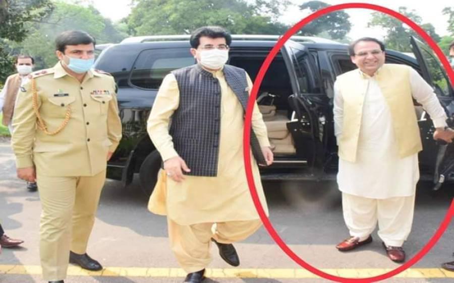 تحریک انصاف نے عبدالقادر سے سینیٹ کا ٹکٹ واپس لے لیا