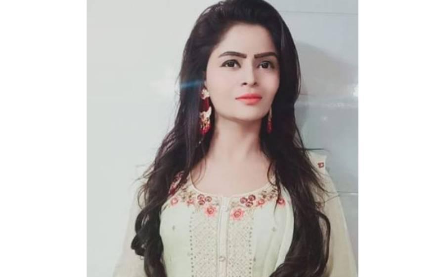 فحش ویڈیو سکینڈل،معروف بھارتی اداکارہ کیلئے نئی مشکل، بے باک فلموں میں کام کالڑکیوں کو کتنا معاوضہ ملتاتھا؟بھارتی میڈیا کا تہلکہ خیز دعویٰ