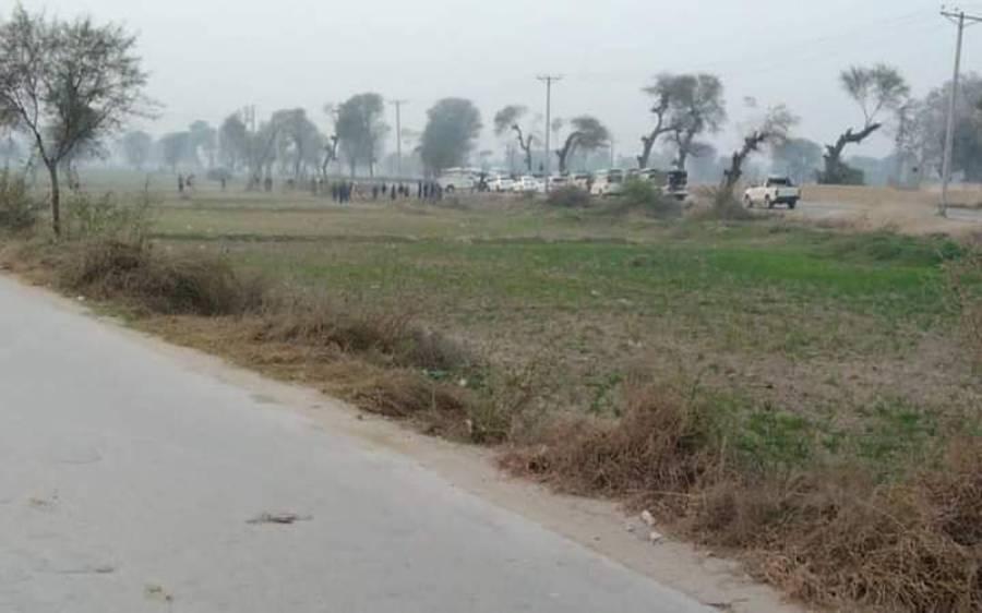 ڈی آئی خان میں پولیس مقابلے کے دوران دہشتگرد نے خود کش دھماکہ کردیا