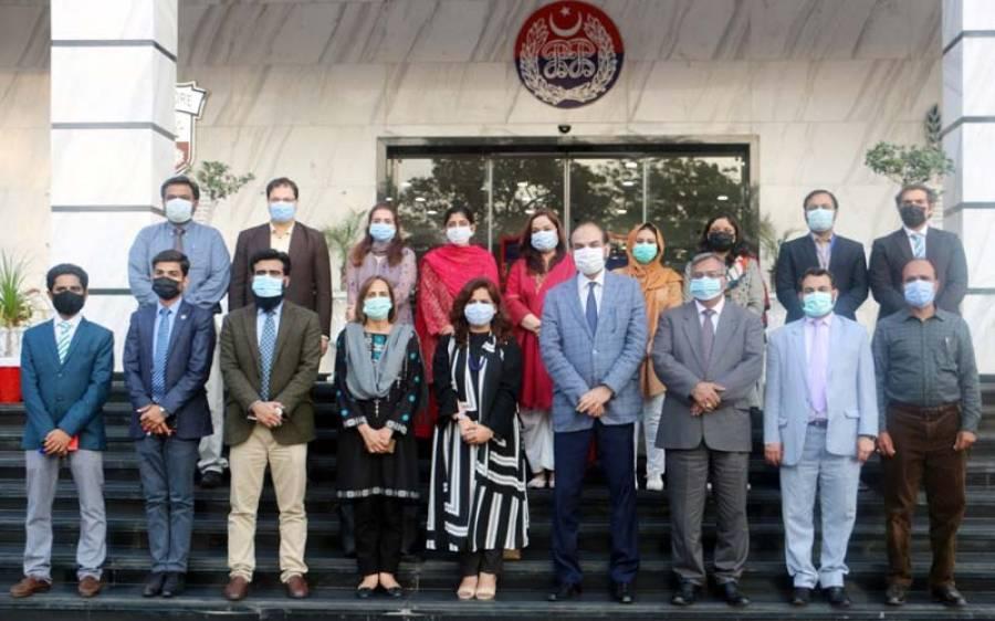 محکمہ تعلقات عامہ پنجاب کے وفد کا ڈائریکٹر جنرل پبلک ریلیشنزکی قیادت میں پنجاب سیف سٹیز اتھارٹی ہیڈکوارٹر کا دورہ