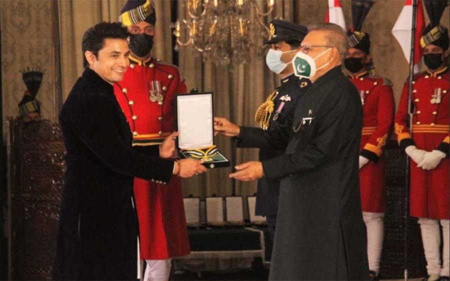 یوم پاکستان کے موقع پر ہمایوں سعید ،علی ظفر اور ریشم کو تمغہ حسن کار کردگی مل گیا