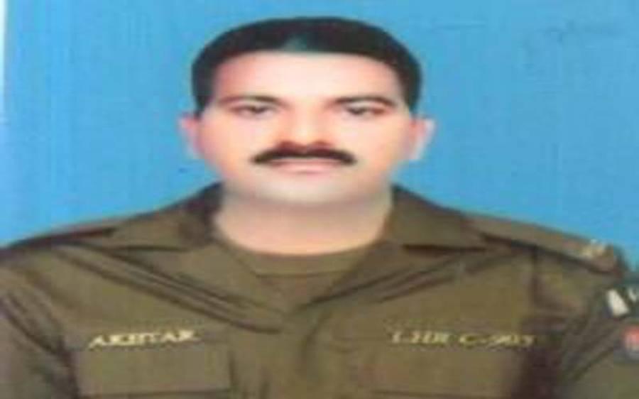 لاہور پولیس کا اہلکار کورونا کے باعث دم توڑ گیا، اب تک کورونا کے باعث شہید ہونے والے اہلکاروں کی تعداد 5 ہوگئی