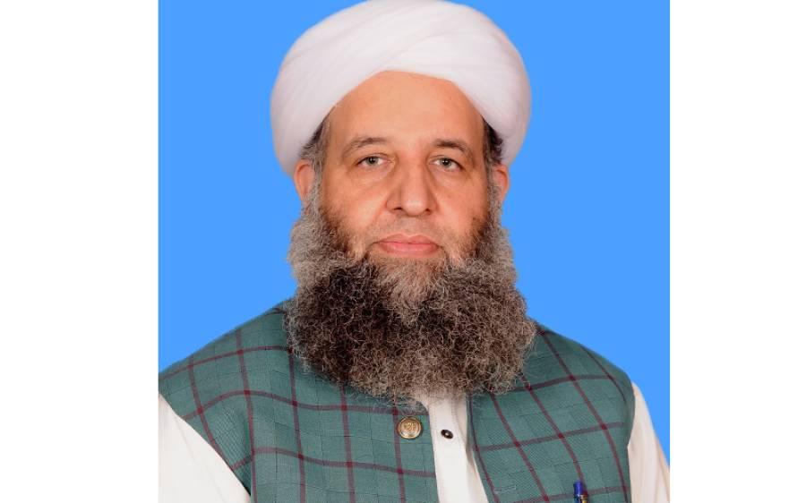 وفاقی وزیر پیر نور الحق نے یو اے ای کے سفیر کے ہمرا ہ مسجد کا افتتاح کردیا