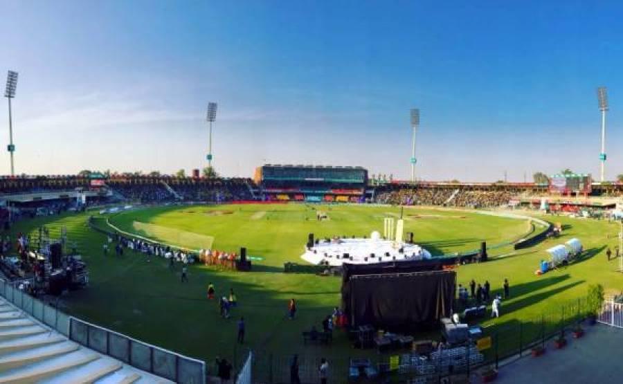 پاکستان ٹیسٹ سکواڈ کے ارکان کا قذافی سٹیڈیم میں ٹریننگ کیمپ جاری