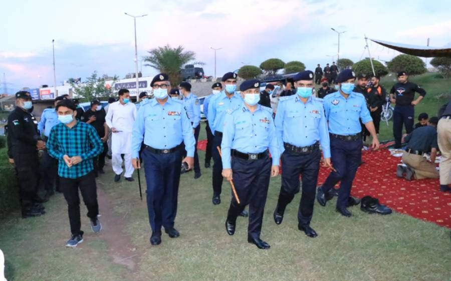 امن و امان برقرار رکھنے کیلئے اسلام آباد میں سیکیورٹی ہائی الرٹ، پولیس اور رینجرز تعینات
