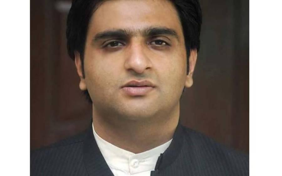 لاہور میں مظاہرے اور پولیس ایکشن، تحریک انصاف کے اہم رہنما نے پارٹی سے استعفیٰ دیدیا ، عمران خان سے ناراض ہو گئے