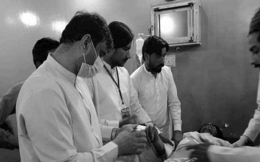 نامعلوم افراد کی فائرنگ، سینئر صحافی کا اکلوتا صاحبزادہ جاں بحق