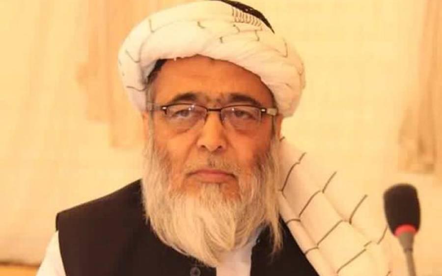 حزب اقتدار 'سیاسی باپ' اور حزب اختلاف 'کرپٹ باپ' کو بچانے میں مصروف ہے ،حافظ حسین احمد کا سیاسی صورتحال پر تبصرہ