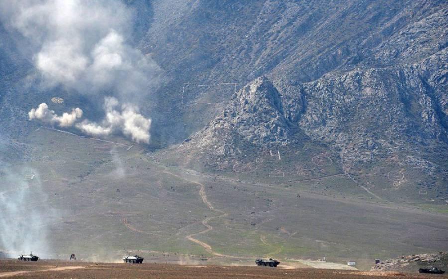 دو مسلمان ملکوں کے درمیان سرحد پر جھڑپیں، درجنوں افراد مارے گئے