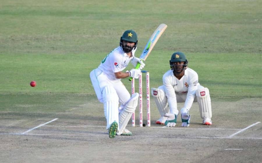 پہلا ٹیسٹ ، پاکستان کی پوری ٹیم 426 رنز بنا کر آوٹ ، 250 رنز کی برتری حاصل کر لی