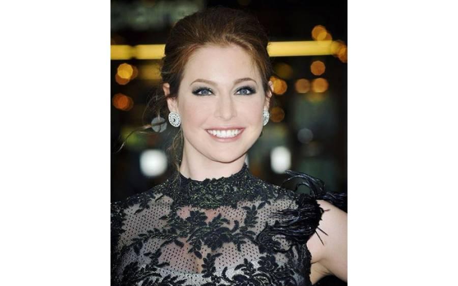 معروف گلوکار پر گیم آف تھرونزکی اداکارہ نے شرمناک الزام لگادیا