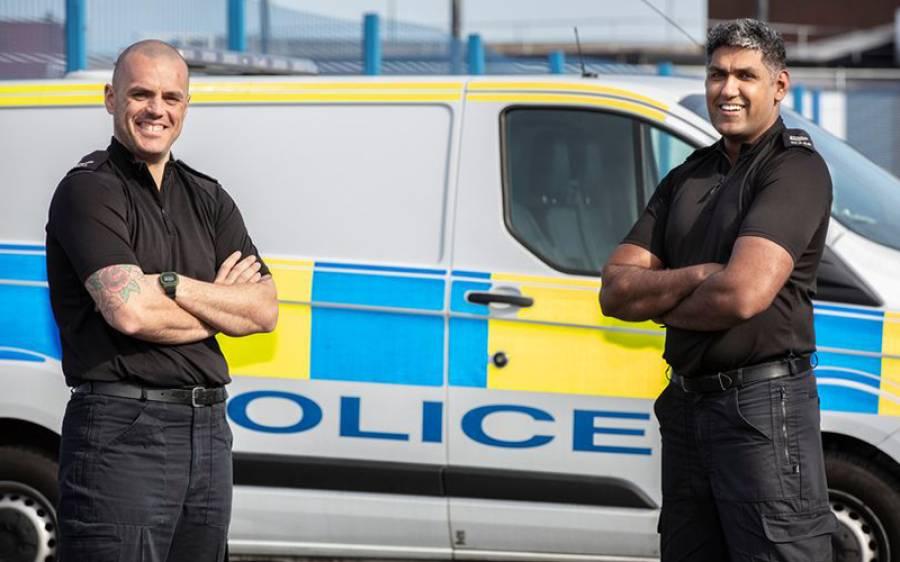 برطانیہ میں موجود غیر مسلم پولیس افسر نے اپنے مسلمان ساتھی کے ساتھ اظہار یکجہتی کے لیے روزے رکھنا شروع کردئیے