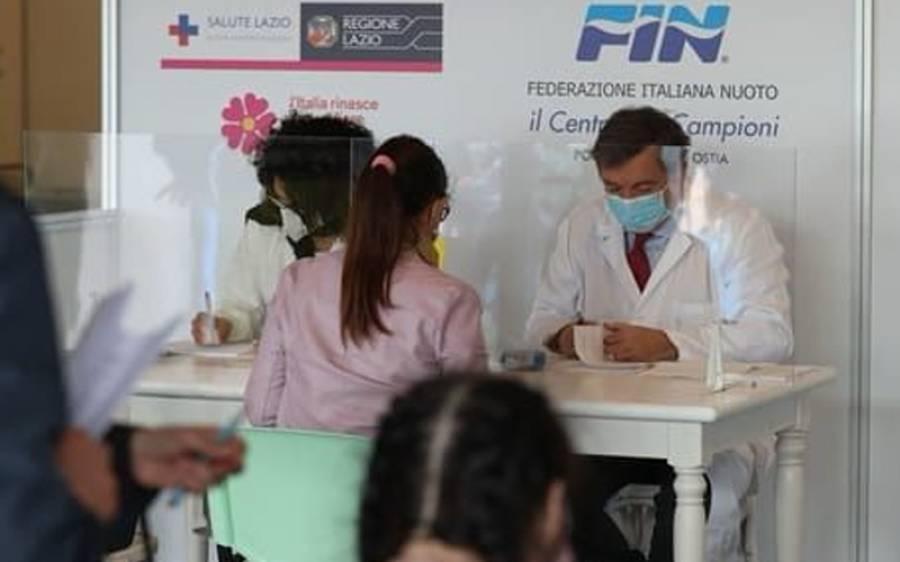 اٹلی کی حکومت کا 60سال سے کم عمر کے افراد کو کورونا ویکسین دینے کا ارادہ کرلیا