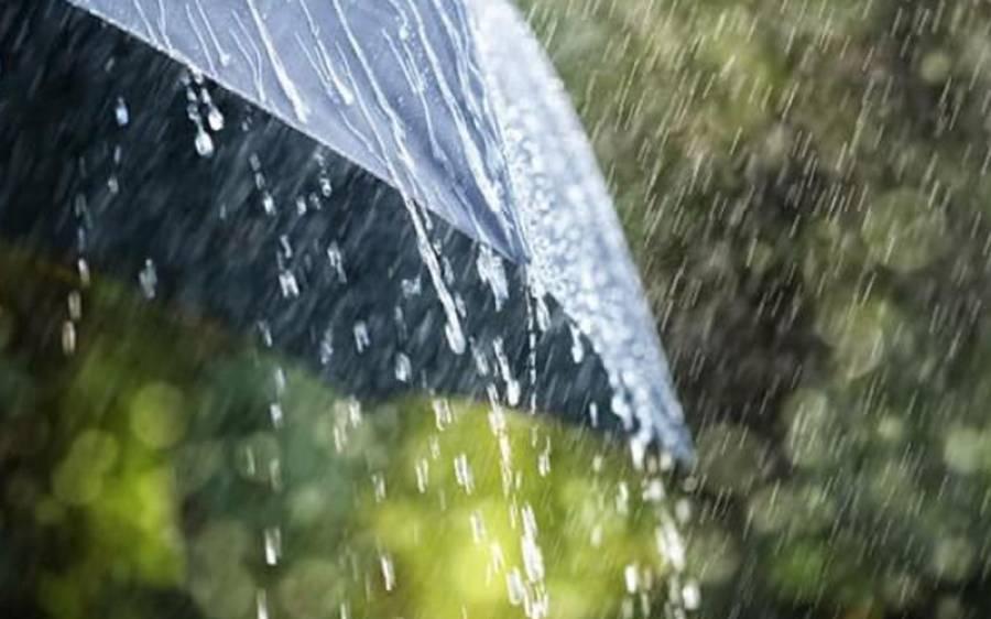 پشاور اور گردونواح میں گرج چمک کے ساتھ بارش اور ژالہ باری ، موسم خوشگوار ہوگیا