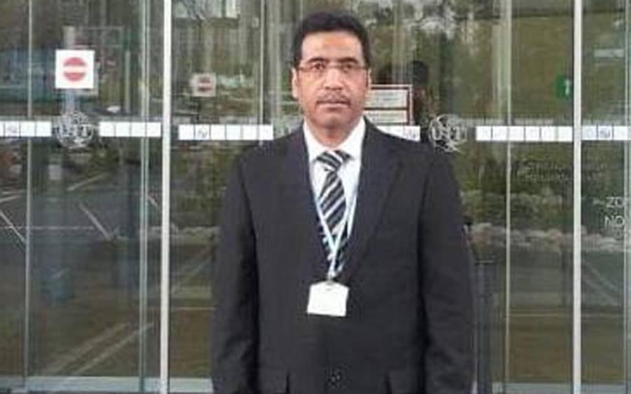 پاکستان رائٹر کلب کے صدر عبدالروف مغل حرکت قلب بند ہونے کی وجہ سے انتقال کر گئے