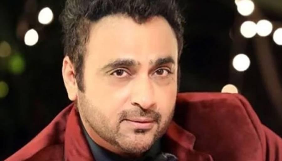 بھارتی اداکار اور اہلیہ کو ایمبولینس نے ٹکر ماردی، ہسپتال منتقل