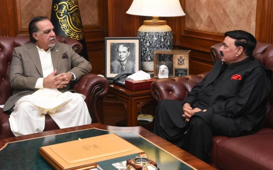 گورنرسندھ عمران اسماعیل سے شیخ رشید احمد کی ملاقات ، کن معاملات پر گفتگو ہوئی ؟ جانئے