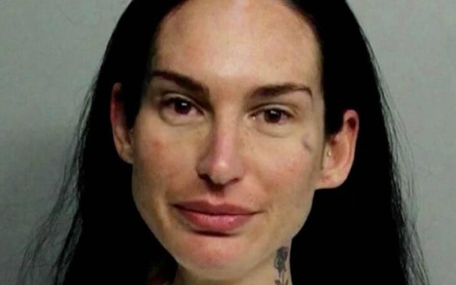 فحش فلموں کی سابق اداکارہ نے شراب کے نشے میں دھت ہوکر پادری کو گاڑی تلے کچل ڈالا