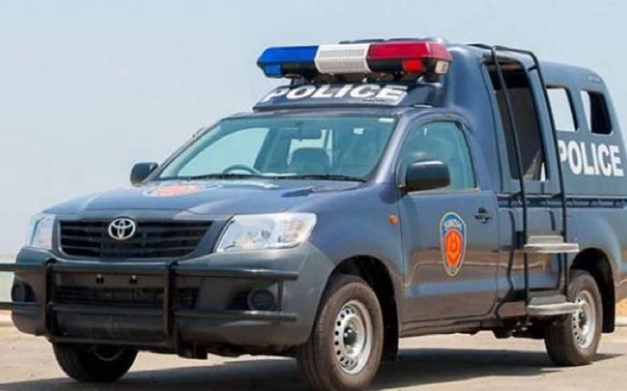 مردان میں پولیس پر فائرنگ، ایک اہلکار جاں بحق