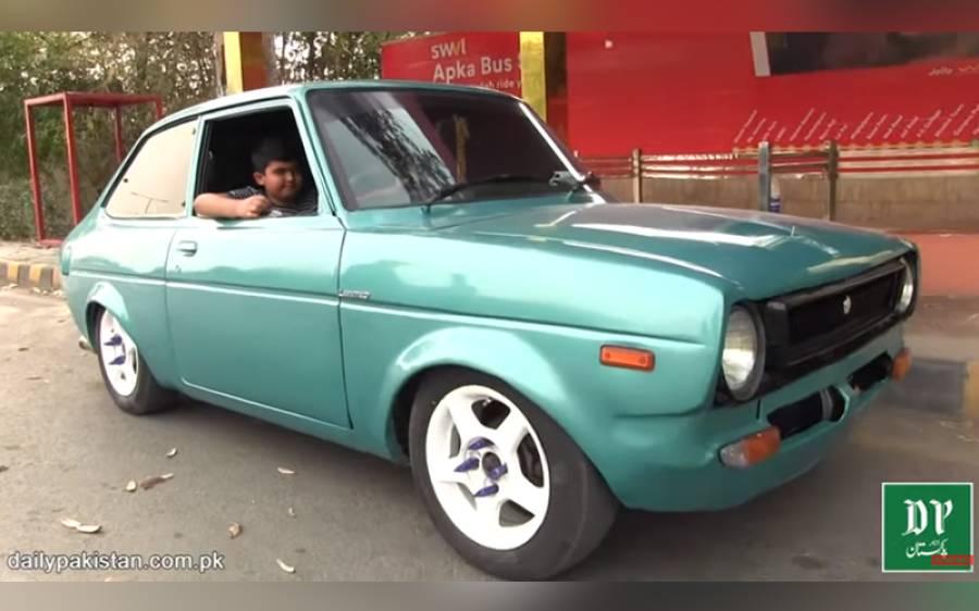 چھوٹے سے بچے نے 1972 ماڈل کی ٹویوٹا گاڑی اپنے شوق سے نئی جیسی بنا دی