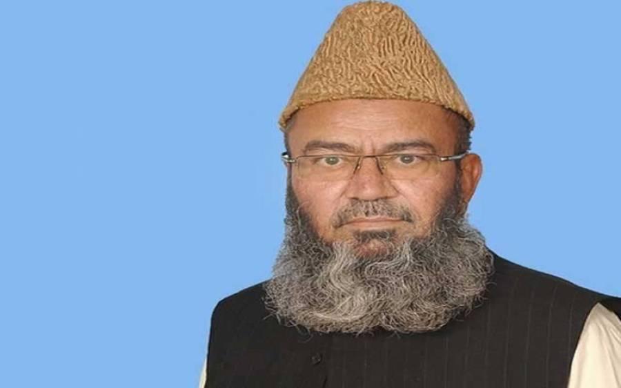 حکومت نے مدارس کے نئے بورڈز بنا کر مذہبی یکجہتی کو نقصان پہنچایا، سینیٹر حافظ عبدالکریم 