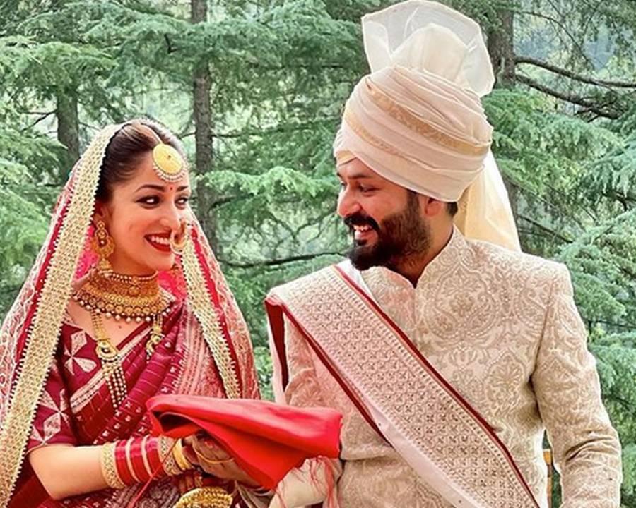 بالی ووڈ اداکارہ یامی گوتم نے ہدایتکار ادتیا دھر سے شادی کرلی
