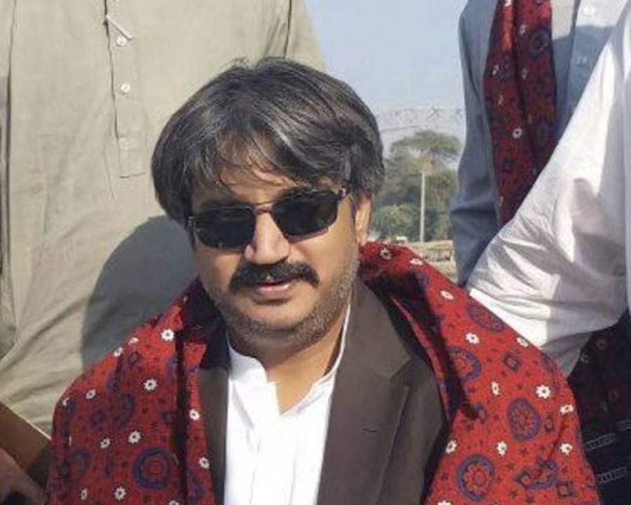 صوبائی وزیر سندھ ٹرانسپورٹ اویس شاہ کا ٹرین حادثے کی تحقیقات کا مطالبہ