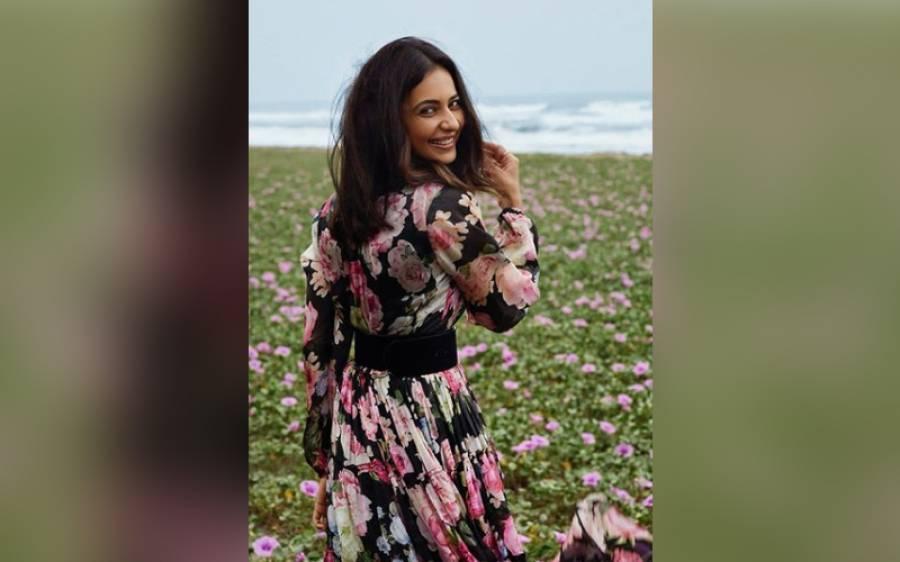 بھارت میں بڑھتے ہوئے جنسی زیادتی کے واقعات پر معروف اداکارہ '' راکل پریت'' پھٹ پڑیں