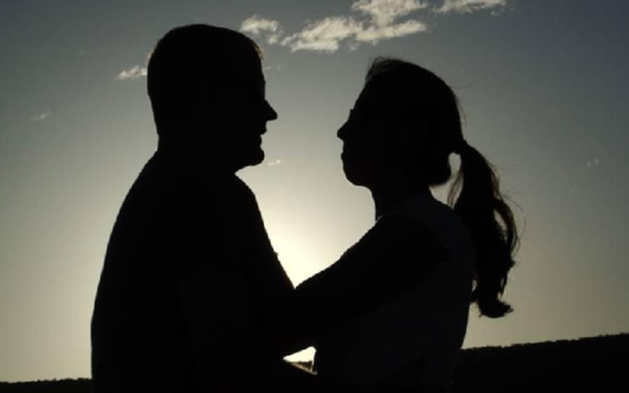 شادی شدہ لوگ شریک حیات سے بے وفائی کیوں کرتے ہیں؟ سروے میں پراسرارسوال کا جواب مل گیا