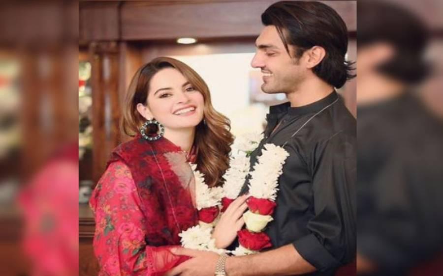 منال خان کی شادی کے کارڈ چھپ گئے، تصویر سامنے آگئی