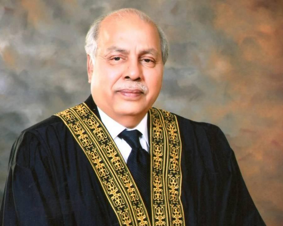 آپ لوگ کسی کی زمین کسی کوالاٹ کردیتے ہیں،سندھ کو تباہ کر کے رکھ دیا،چیف جسٹس گلزار احمد ممبر بورڈ آف ریونیو پر برہم