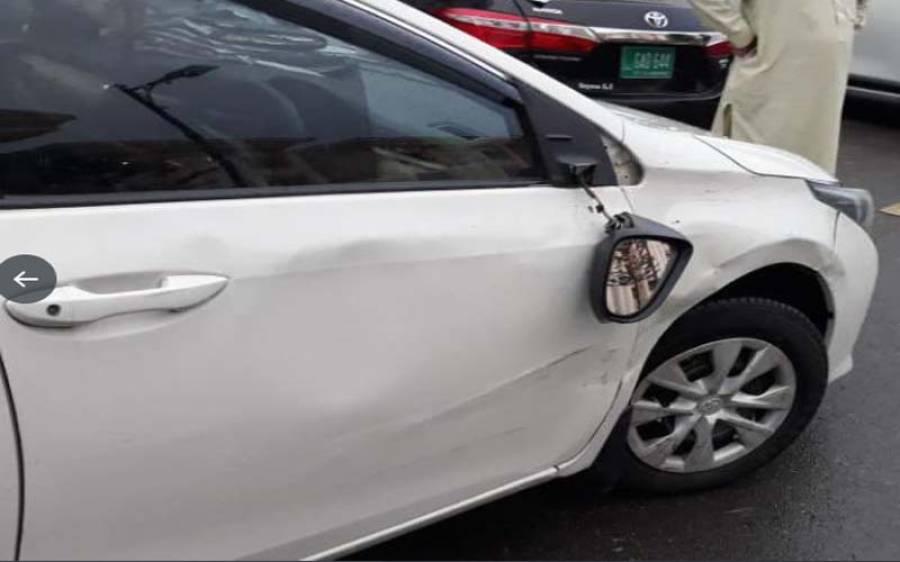ن لیگ کے رکن قومی اسمبلی کی گاڑی نے پی ٹی آئی خاتون رکن اسمبلی کی گاڑی کو ٹکر ماردی