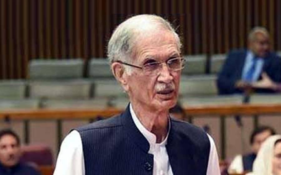 موازنہ کر لیں 20سال میں پنجاب میں کیا ہوا اور 8سال میں خیبر میں کیا بنا،پرویز خٹک کا شہباز شریف کو بڑ اچیلنج