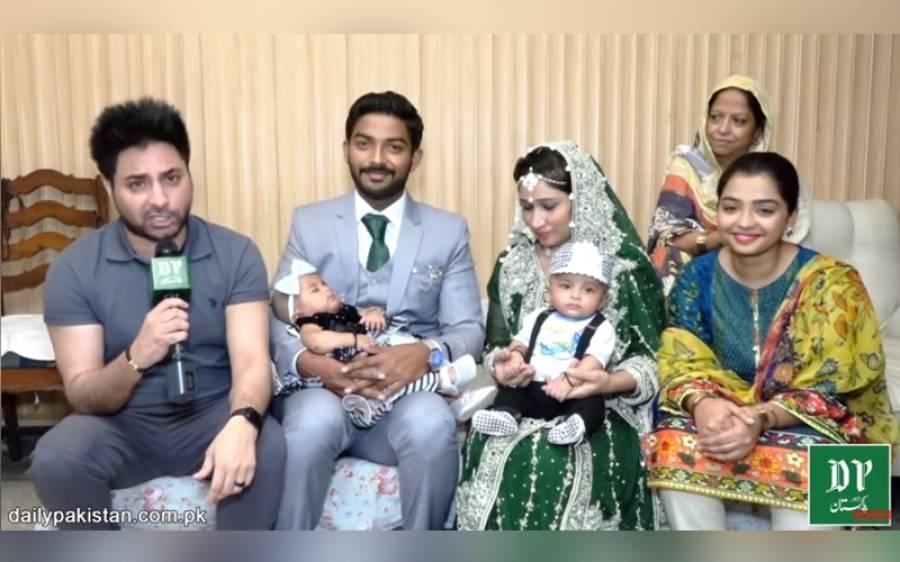 اپنے والدین کے ولیمہ میں شرکت کرنے والے پاکستان کے پہلے جڑواں بچے