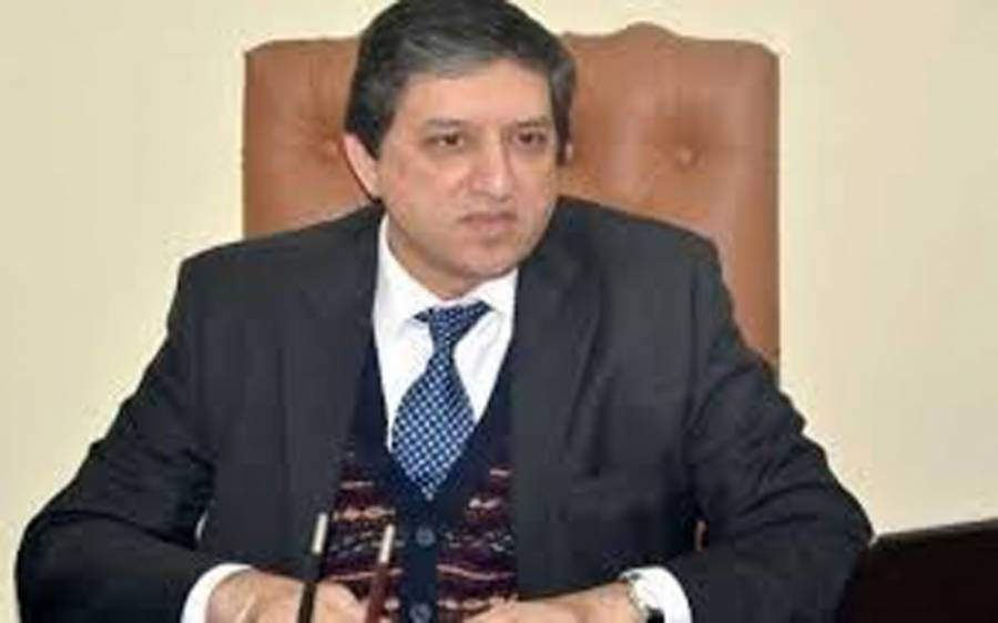 وزیر اعظم عمران خا ن چیئرمین نیب کو وزیر خزانہ مقرر کریں، سلیم مانڈوی والا نے حیران کن مطالبہ کردیا