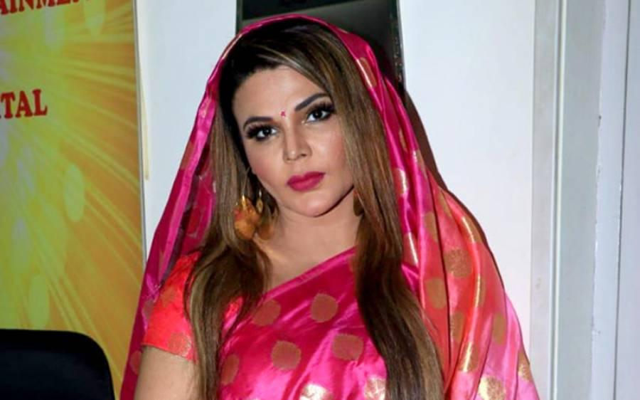 """""""یہاں میرا گھر نہیں بس رہاہے اور لوگوں کی طلاق ہو رہی ہے ، کوئی میرے لیے ۔۔""""عامر خان کی طلاق پر راکھی ساونت نے مطالبہ کر دیا"""