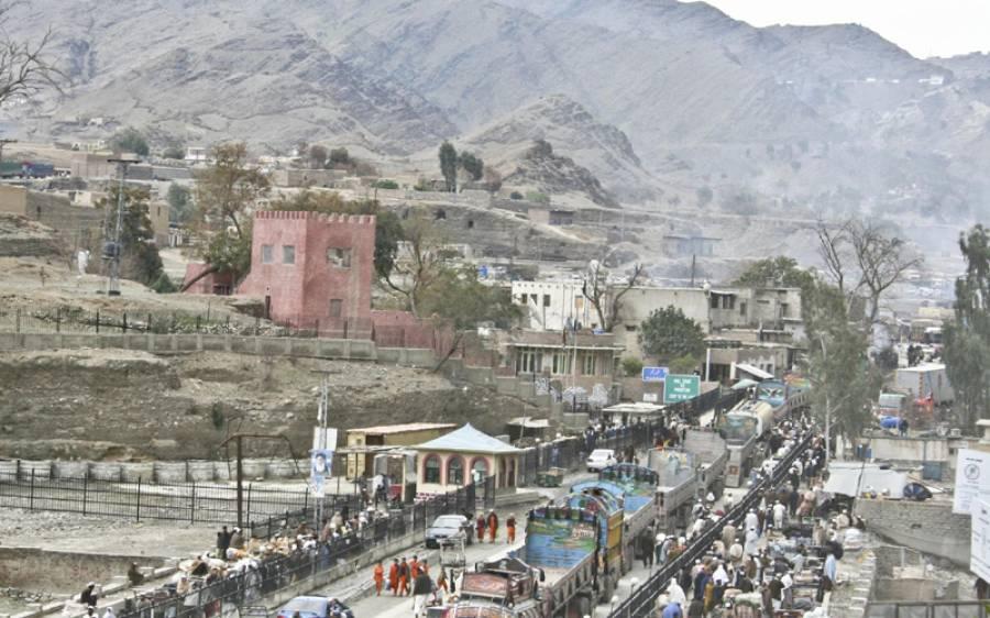 افغانستان میں پھنسے ہزاروں پاکستانیوں کی واپسی شروع